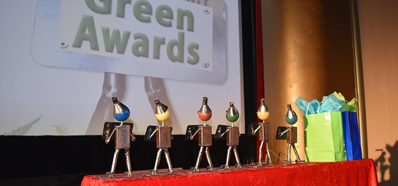 green awards table